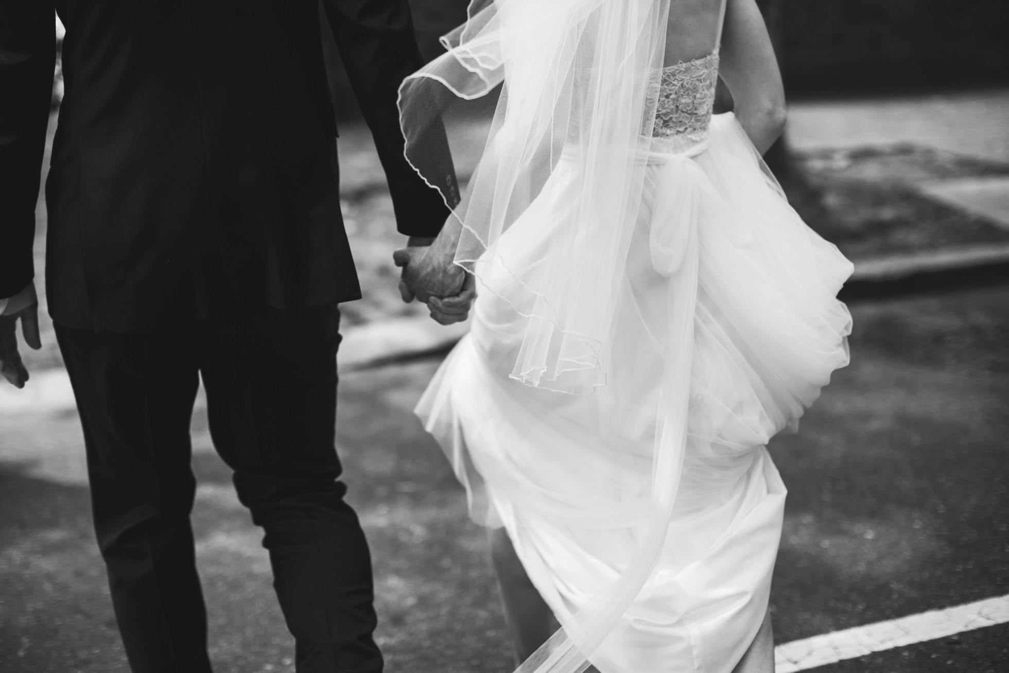 Romantic Bartram's Garden Outdoor Summer Wedding, Philadelphia | brittneyraine.com 042