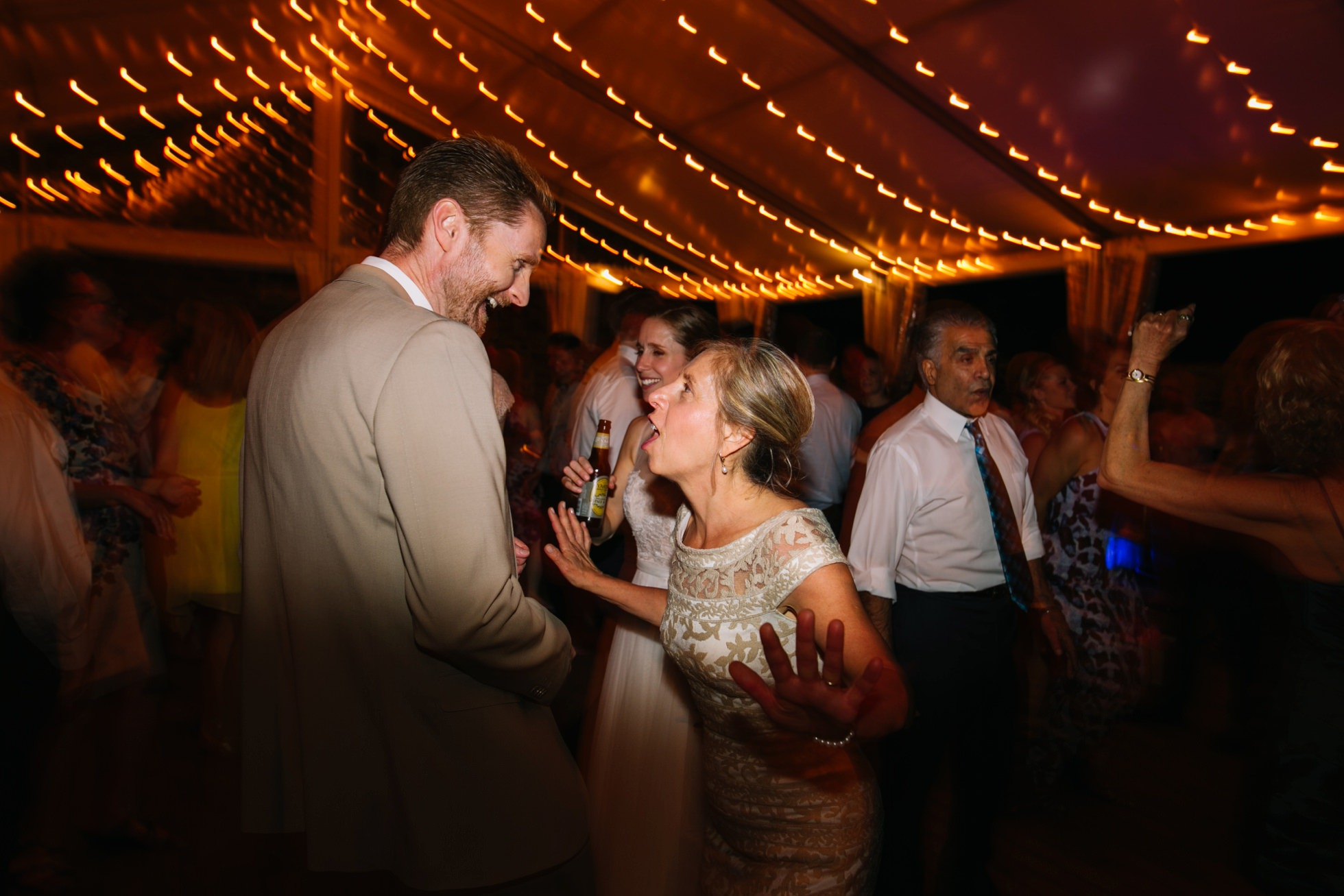 Romantic Bartram's Garden Outdoor Summer Wedding, Philadelphia | brittneyraine.com 112