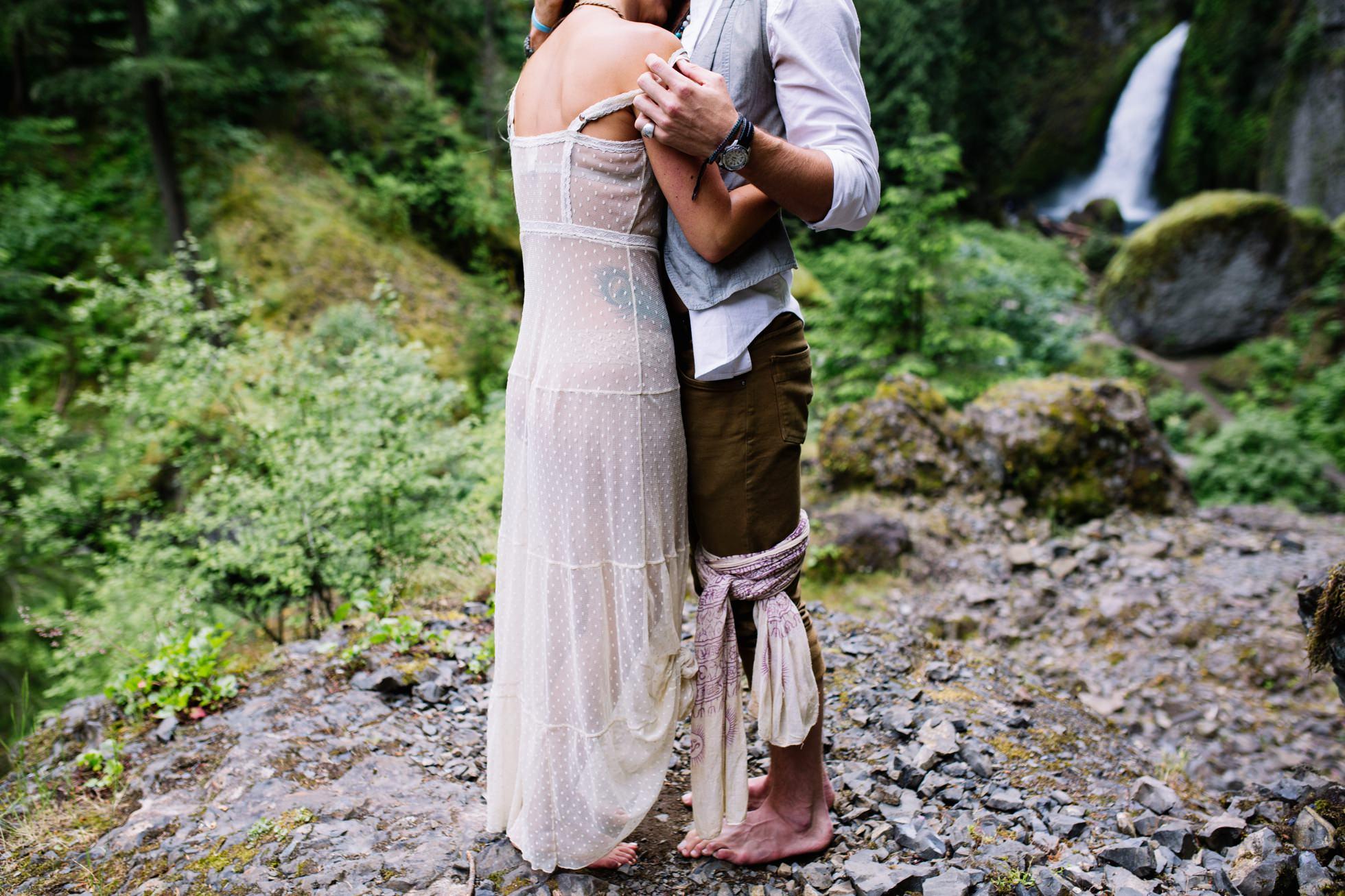 Wahclella Falls Waterfall Oregon Elopement 011