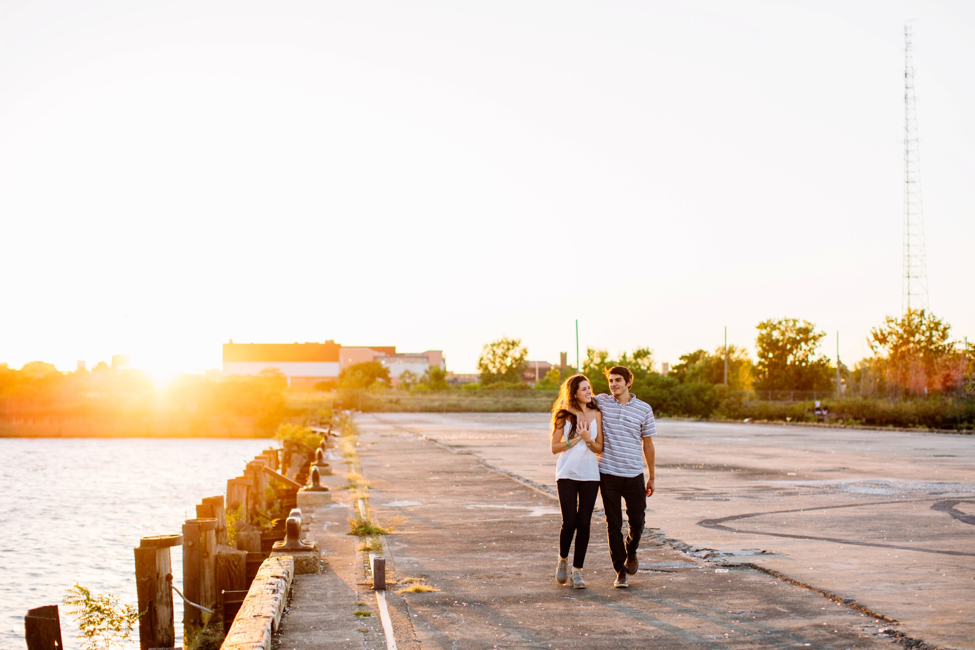 south-philly-sunset-engagement-photos-neon-0003