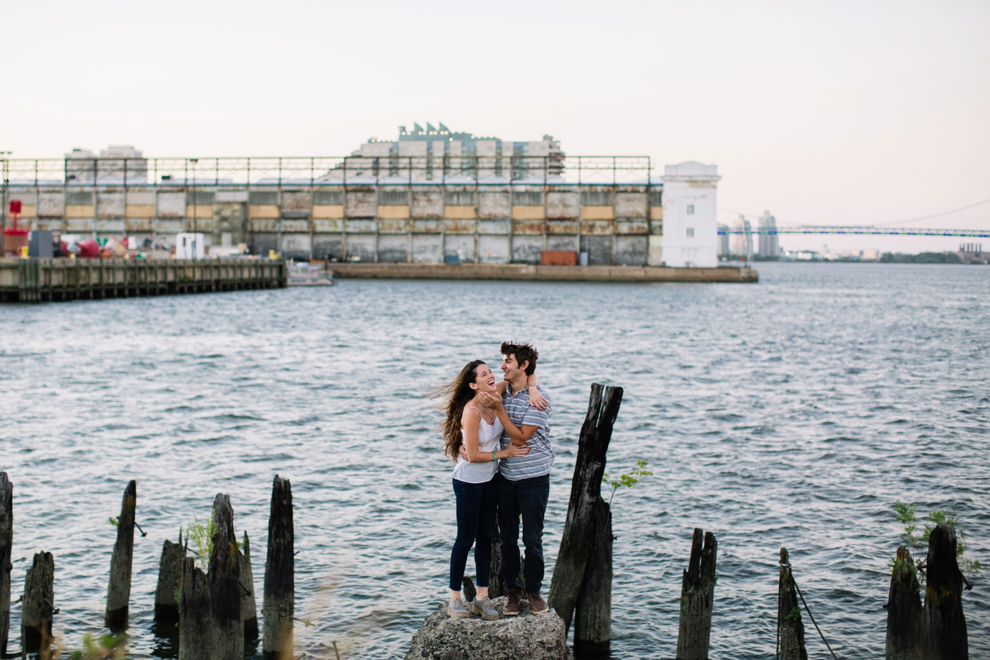 south-philly-sunset-engagement-photos-neon-0017
