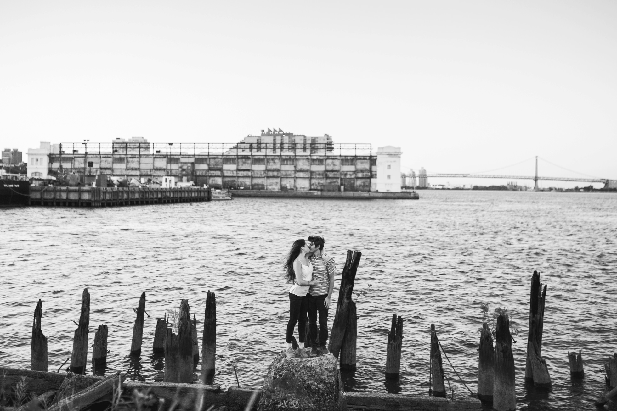 south-philly-sunset-engagement-photos-neon-0021