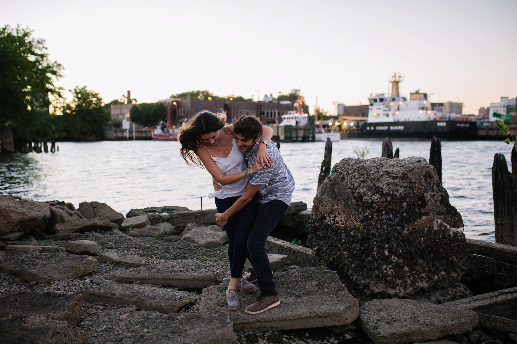 south-philly-sunset-engagement-photos-neon-0023