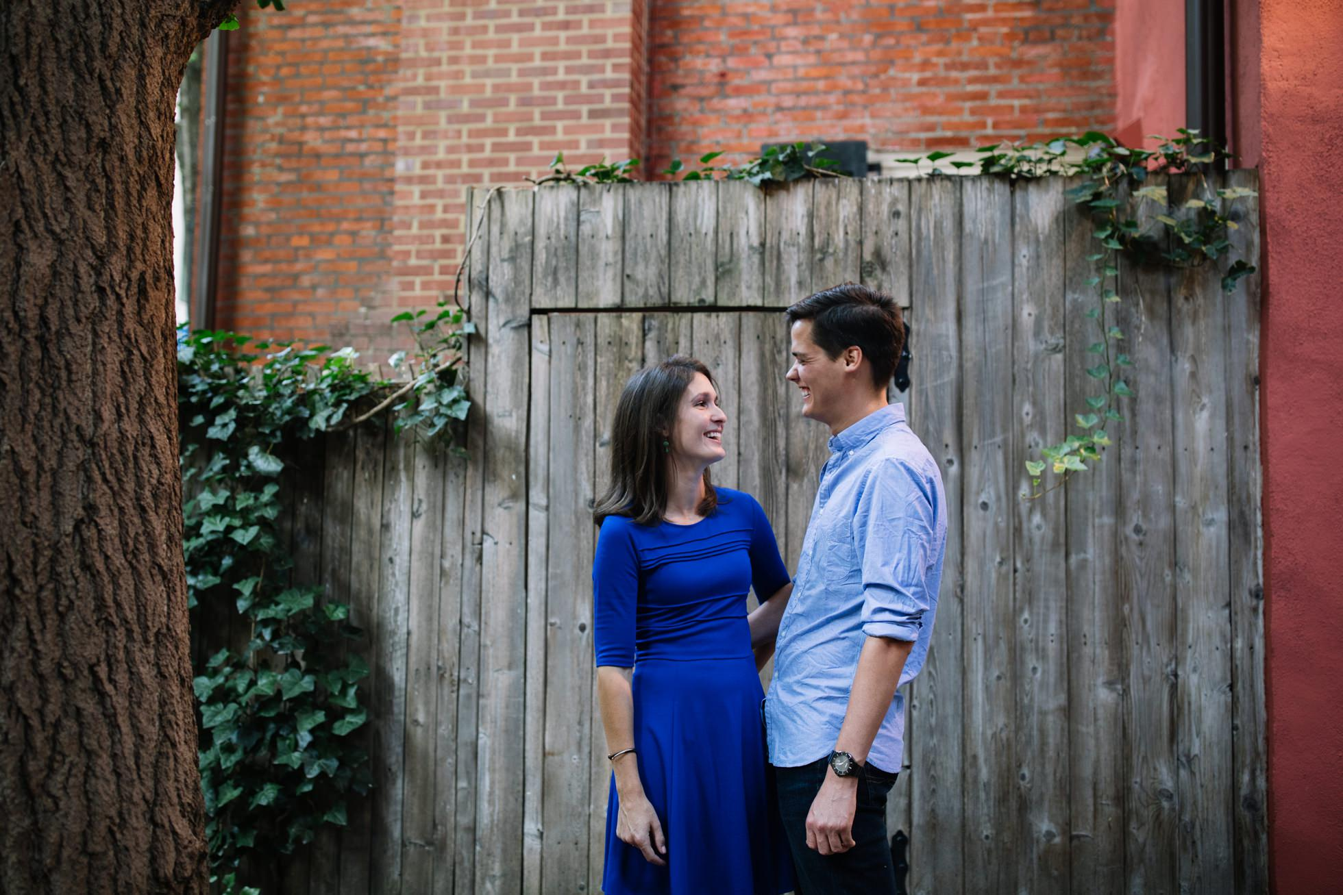 philadelphia engagement session