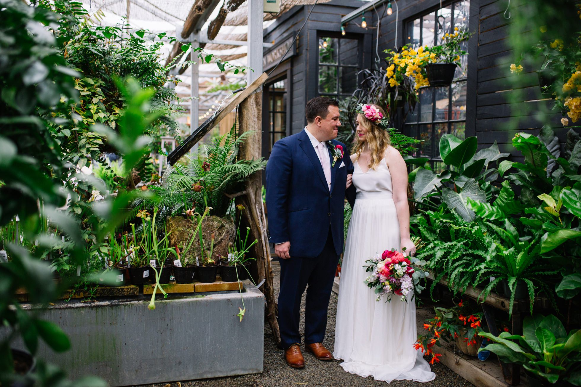 garden greenhouse wedding photos