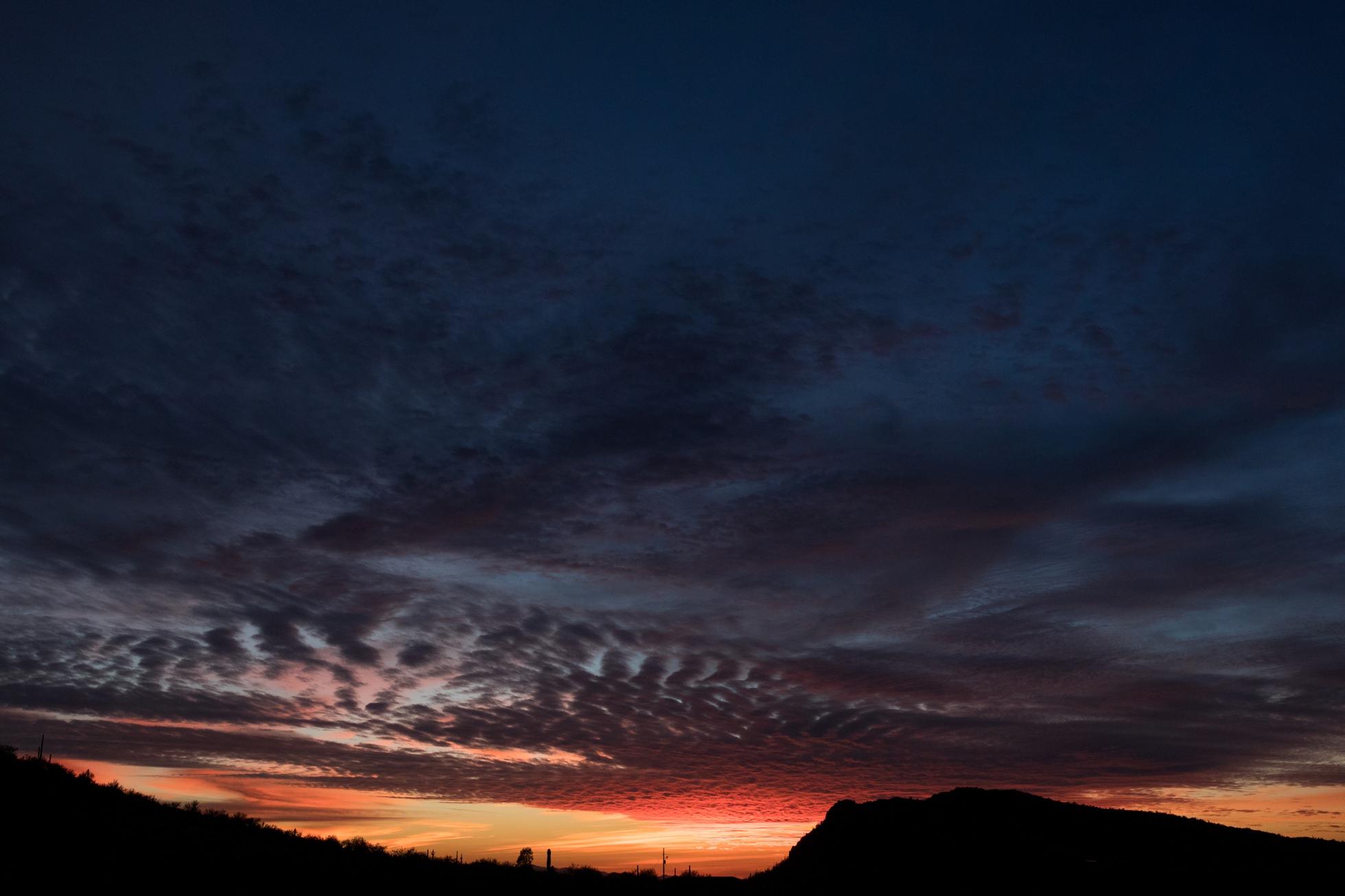 0160-phoenix-arizona-sunset-camelback-mountain-new-river