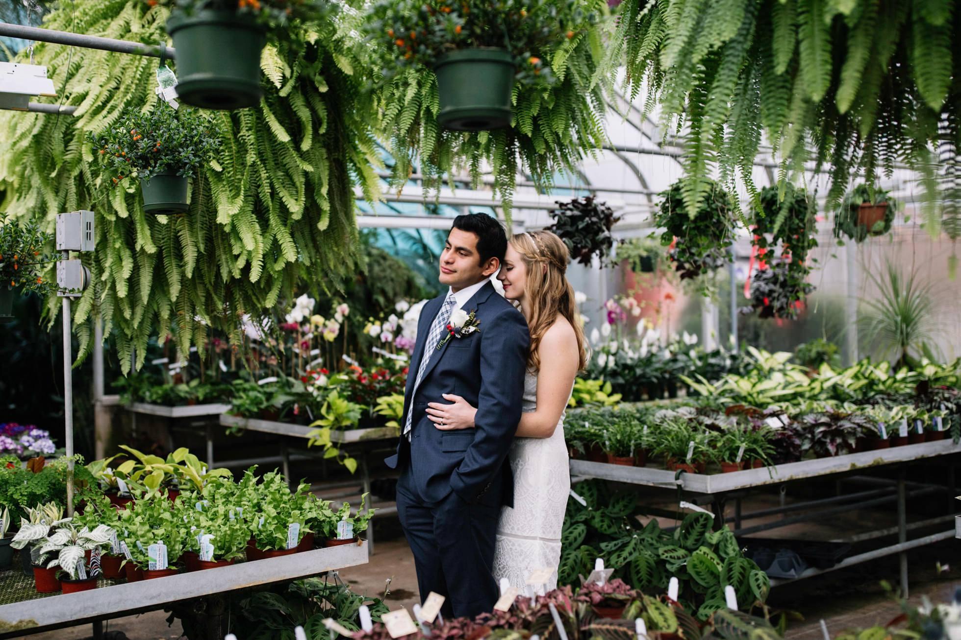 ott's exotic plants wedding photos