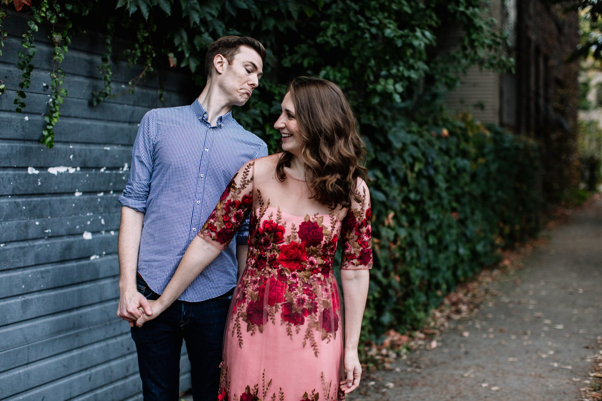 wicker park chicago engagement shoot