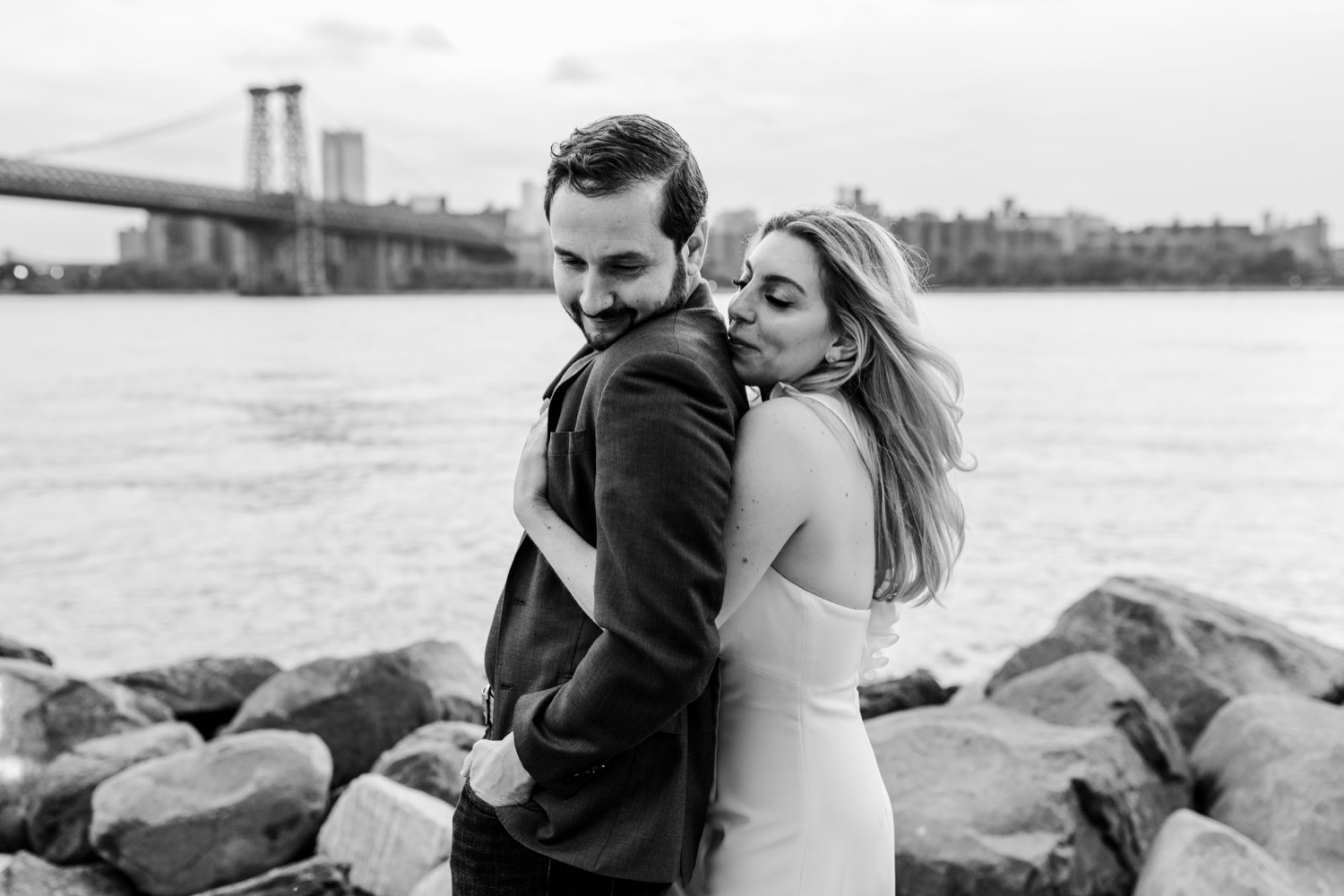 Grand Ferry Park Williamsburg Engagement Photos