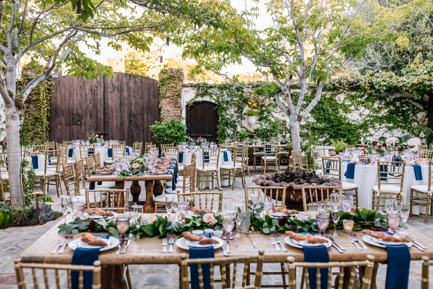 Villa San Juan Capistrano Wedding Photos - Outdoor Garden Reception