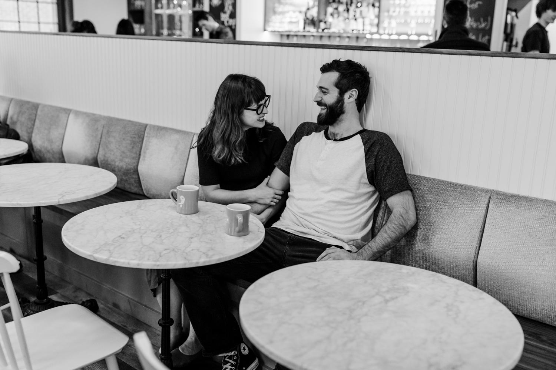 Romantic Philadelphia lifestyle engagement session