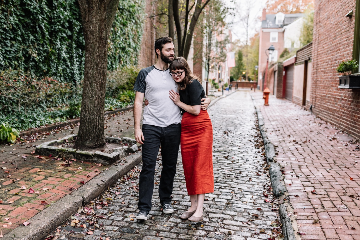 Outdoor engagement portraits in Society Hill Philadelphia