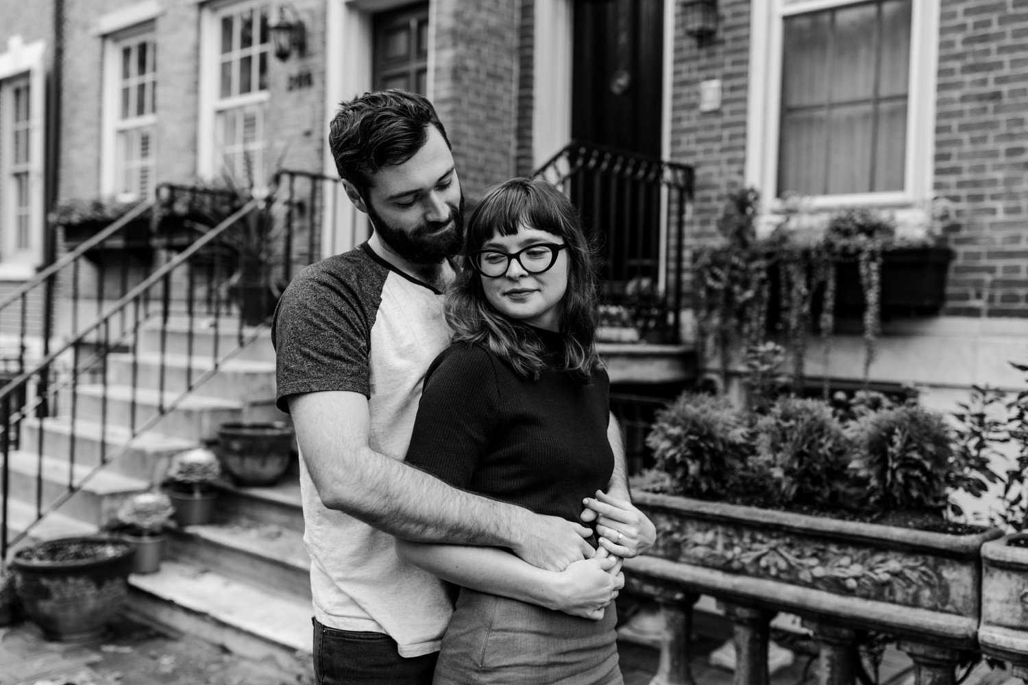 Engagement photo session in historic Society Hill Philadelphia